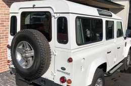 Rover Defender 2015
