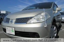 Nissan Tiida Latio 2006