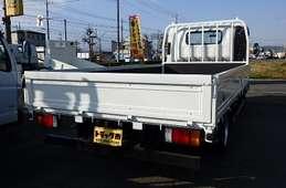 Isuzu Elf Truck 2016