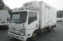 Isuzu Elf Truck 2014