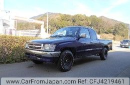 Toyota Hilux Sports Pick Up 2000
