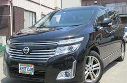 Nissan Elgrand 2012