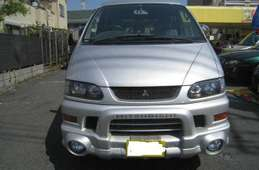Mitsubishi Delica Spacegear 2004