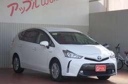 Toyota PRIUS α 2016