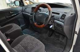 Toyota Estima T 2004