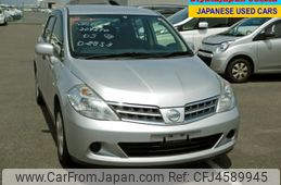 Nissan Tiida Latio 2011
