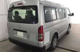 Toyota Hiace Wagon 2013