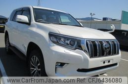 toyota-land-cruiser-prado-2018-53591-car_15a439b2-64ef-4d82-bed5-bf3c2a24cd3b