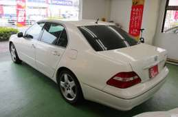Toyota Celsior 2006