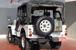 Mitsubishi Jeep 1998