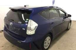 Toyota PRIUS α 2014