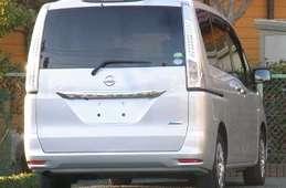 Nissan Serena 2013
