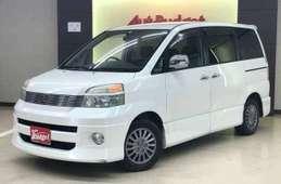 Toyota Voxy 2003