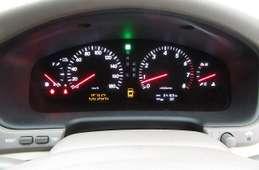 Toyota Celsior 2003