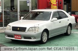 toyota-crown-athlete-series-2003-2789-car_3a535cc6-8582-4d89-8e7a-06ab807d46a4