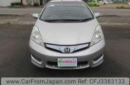Honda Fit Shuttle 2012