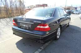 Toyota Celsior 2005