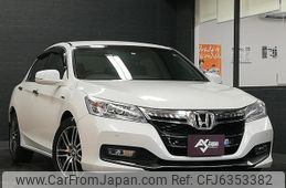 honda-accord-2013-10261-car_52b75fcd-be5f-4742-852b-0543c733f5ab