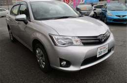 Toyota Corolla Axio 2013