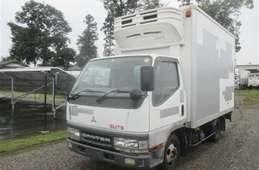 Mitsubishi Canter Guts 2002