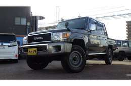 Toyota Land Cruiser 70 2014