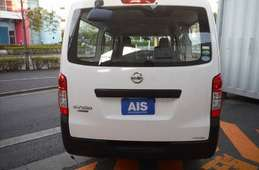 Nissan NV350 Caravan 2015