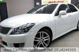 Toyota Crown Athlete Series 2012