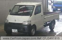 Toyota Liteace Noah 2013