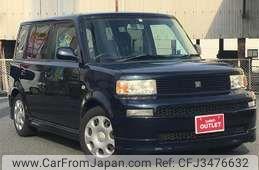 Toyota bB 2005