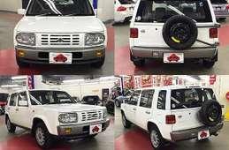 Nissan Rasheen 1997