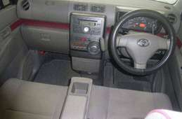 Toyota Pixis Space 2012