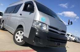 Toyota Hiace Commuter 2013