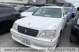 toyota-crown-2003-3240-car_71c3f68e-6e55-4211-b540-7a7b235a183c