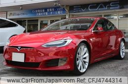 tesla-motors-tesla-others-2016-70602-car_7ef9c8a8-42b2-4ea5-ba57-2a6d47b0ad89
