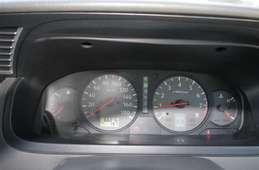Nissan Elgrand 2001