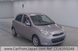 nissan-march-2012-450-car_7f445420-1f17-4d67-bedf-cd938a06a014