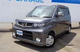 Honda ZEST SPARK 2011