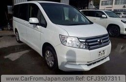 Honda Stepwagon 2014