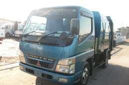 Mitsubishi Canter 2002