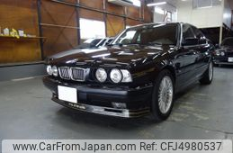 bmw-alpina-1994-37651-car_89a92aeb-8a8e-4816-8842-0df97d6be5cb