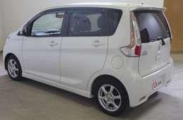 Mitsubishi EK 2013