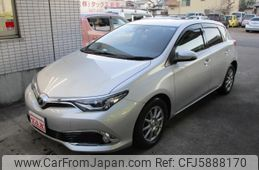 toyota-auris-2015-10510-car_9c0783db-899b-4fa0-878e-f7cf77f5be13