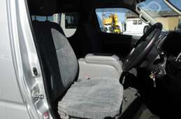 Toyota Hiace Wagon 2005
