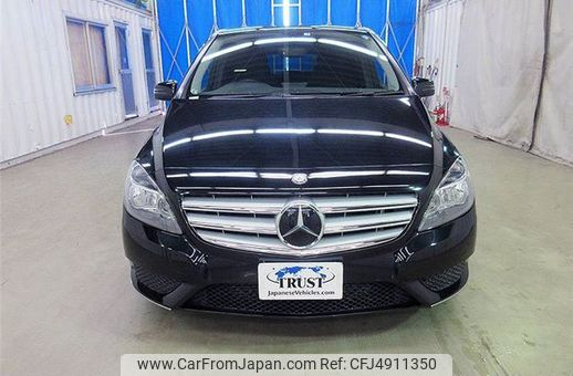 mercedes-benz-b-class-2013-8718-car_9e6d5eca-6a53-42a3-8429-a01290bb5611