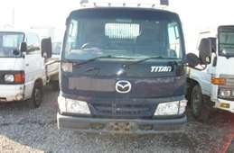 Mazda Titan 2003
