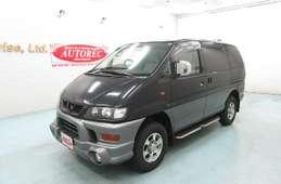 Mitsubishi Delica Spacegear 2000