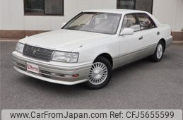 toyota-crown-1995-6284-car_a32b08d1-f6b1-460d-8669-239204f30086