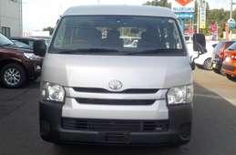 Toyota Hiace Wagon 2015