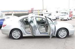 Honda Legend 2011