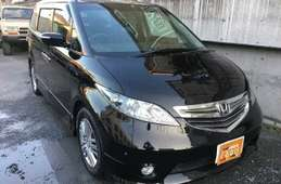 Honda Elysion 2006